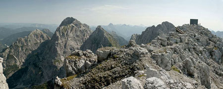استراحت رایگان در کلبه کوهستانی کوه های آلپ,کوه های آلپ,کوهنوردی در کوه های آلپ