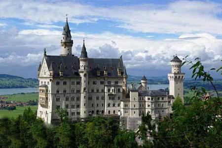 قلعه های دنیا,قلعه نُی شوان شتاین در آلمان,زیباترین قلعه های دنیا