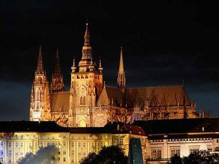 """بهترین قلعه های دنیا,قلعه """"پراگ"""" در جمهوری چک,زیباترین قلعه های دنیا"""