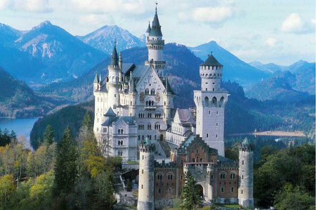 قصر نُویشوانشتَین آلمان,قصر نُویشوانشتَین باواریا,تصاویر قصر نُویشوانشتَین آلمان