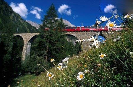 تونل عشق,مکانهای تفریحی جهان,زیباترین مکانهای تفریحی جهان