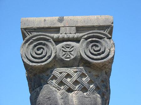 کلیسای جامع زوارتنوتس در ارمنستان,عکسهای کلیسای جامع زوارتنوتس,کلیسای جامع زوارتنوتس