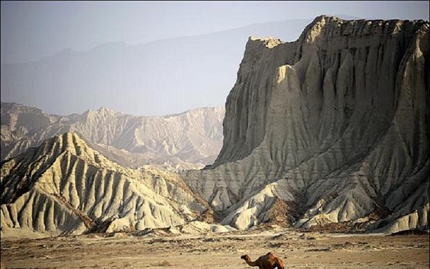 مجموعه کوه های مریخی چابهار + تصاویر