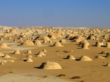 بله! این مکان عجیب «کویر سفید» مصر است