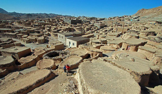 روستای ماخونیک با ساختاری عجیب و شگفت انگیز!
